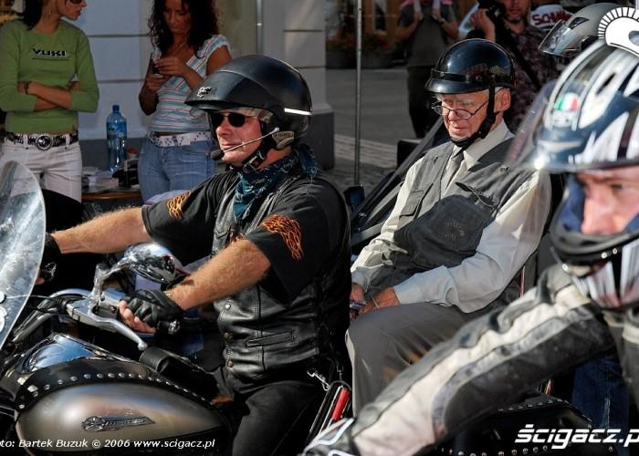 Nowy swiat motocykli 15