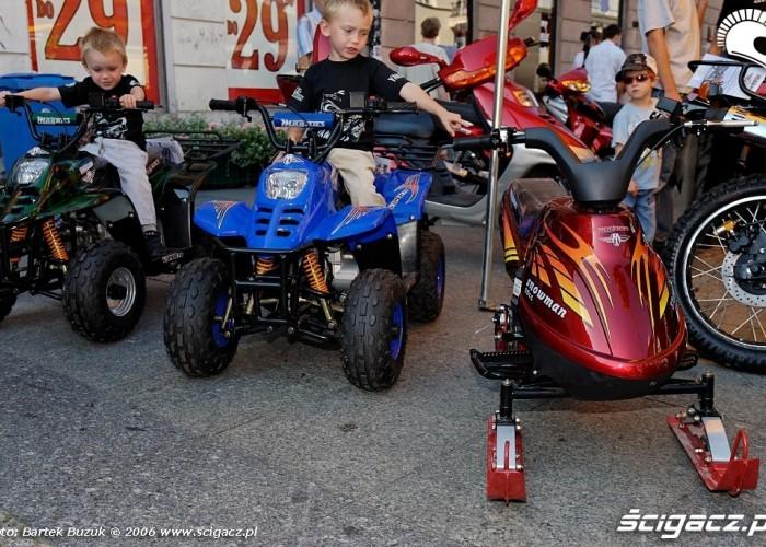 Nowy swiat motocykli 32
