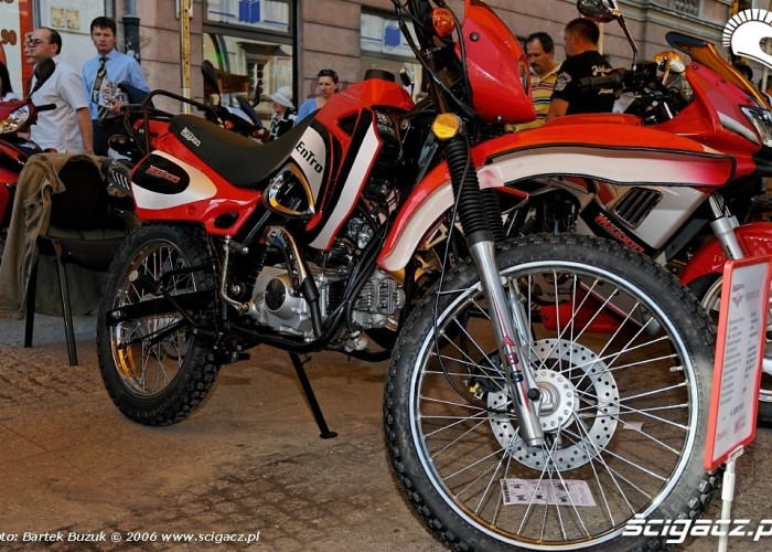 Nowy swiat motocykli 35