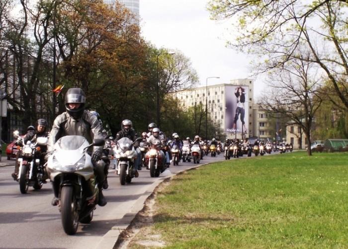 motocyklisci Otwarcie sezonu motocyklowego Bemowo 2010