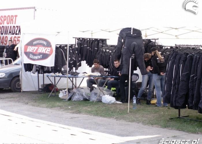 stoisko ret bike Otwarcie sezonu motocyklowego Bemowo 2010