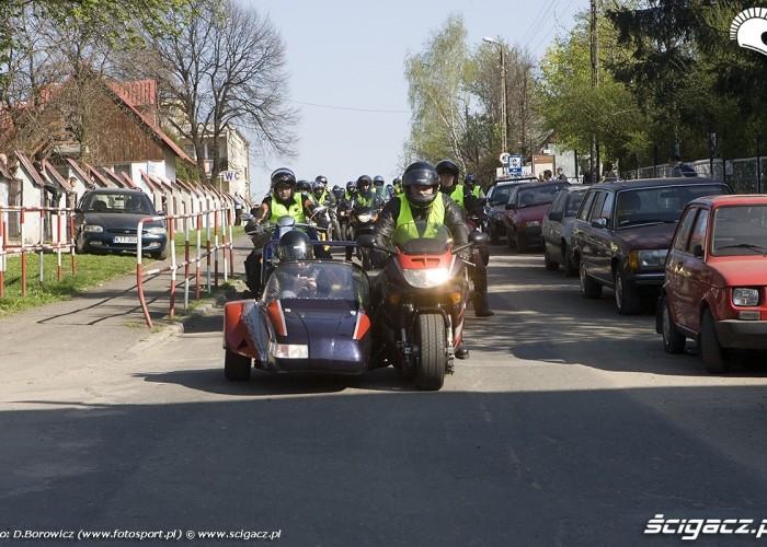 motocykl z koszem motocyklowa msza swieta zlot gwiazdzisty jasna gora 2009 b mg 0015