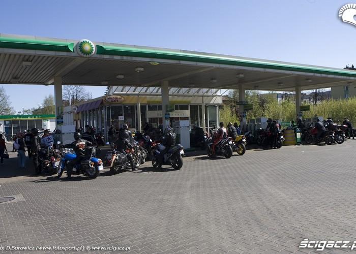 na stacji motocyklowa msza swieta zlot gwiazdzisty jasna gora 2009 b mg 0175