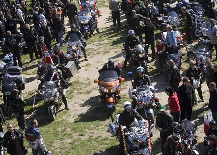 orszak wjazd motocyklowa msza swieta zlot gwiazdzisty jasna gora 2009 b mg 0086