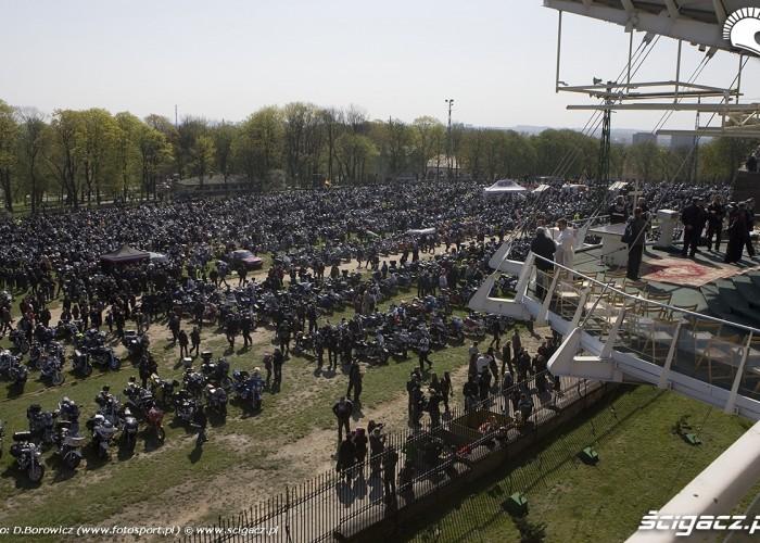pod oltazem motocyklowa msza swieta zlot gwiazdzisty jasna gora 2009 b mg 0067