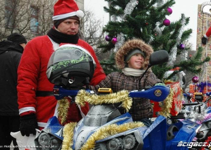 chlopczyk na quadzie parada motocyklistow - mikojakow trojmiasto 2010