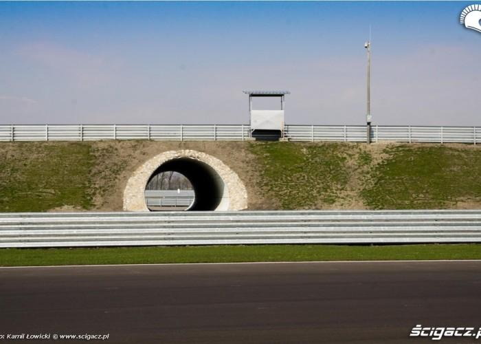 Race trackslovakia ring tunele komunikacyjne