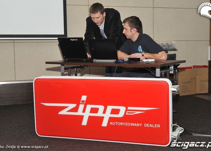 Mariusz Lowicki przygotowanie do prezentacji