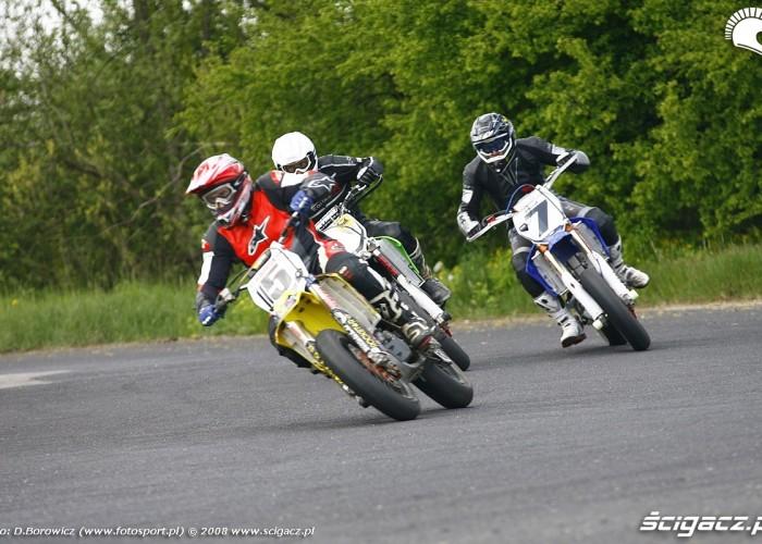 gorka majchrzak zakret bilgoraj supermoto motocykle 2008 a mg 0305
