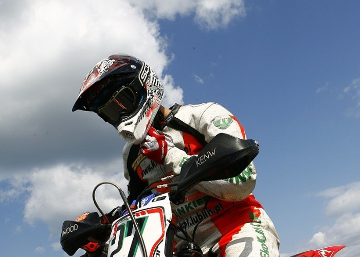 kaczor start bilgoraj supermoto motocykle 2008 a mg 0102