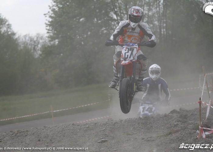 kaczorowski skok bilgoraj supermoto motocykle 2008 a mg 0348
