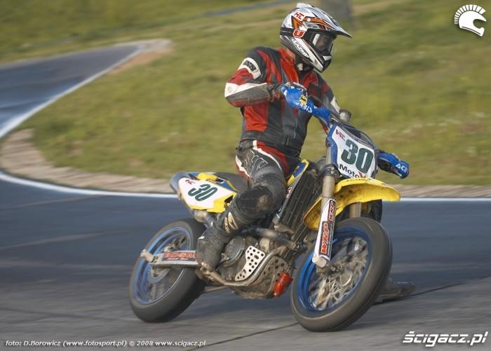 dariusz rosik zakret lublin supermoto motocykle 2008 c mg 0085