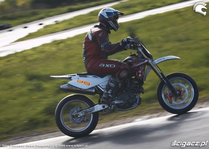 deszcz lublin supermoto motocykle 2008 c mg 0108