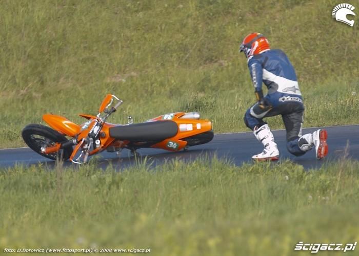 gleba ostanski deszcz lublin supermoto motocykle 2008 c mg 0124