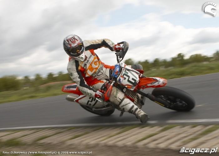 kaczorowski zakret lublin supermoto motocykle 2008 b mg 0007