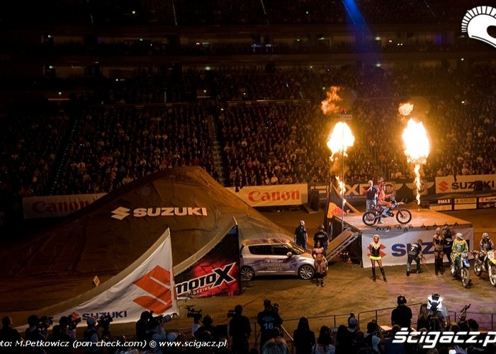 night of the jumps arena koln