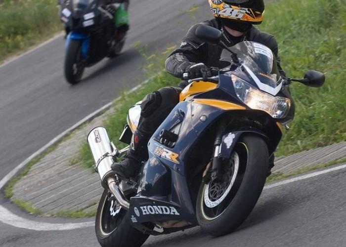929 cbr honda drive safety trening promotor b mg 0349