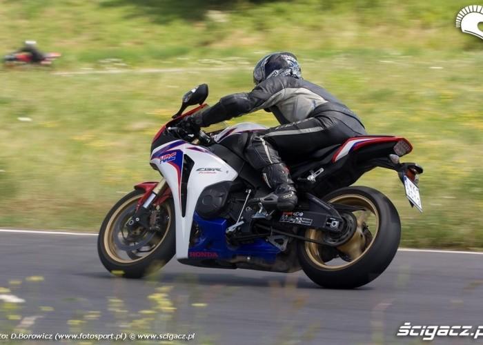 cbr1000rr honda drive safety trening promotor b mg 0341