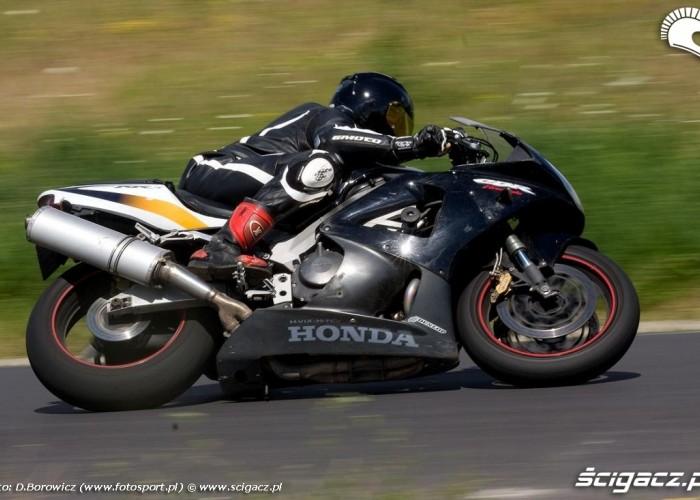 cbr600 honda drive safety trening promotor b mg 0463