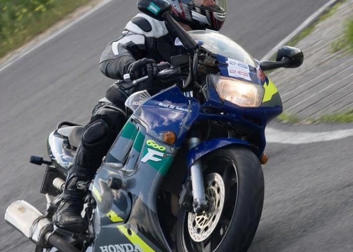 cbr600f honda drive safety trening promotor b mg 0382
