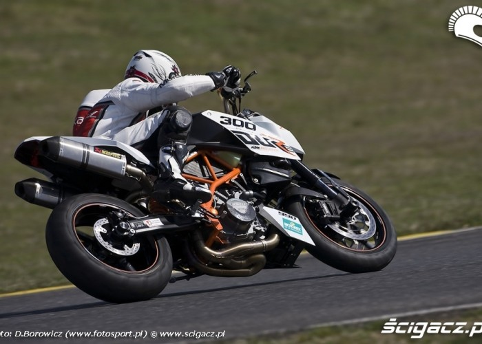 duke ktm panoniaring 2009 d mg 0074