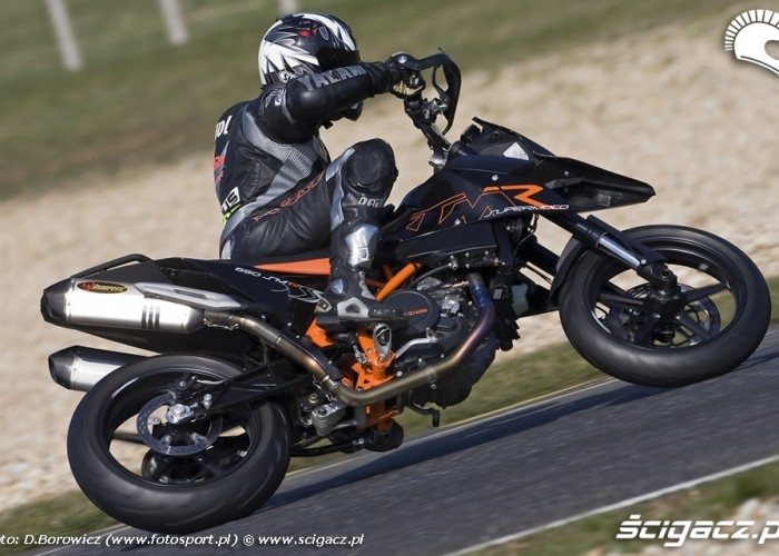 ktm 690smr panoniaring 2009 a mg 0094