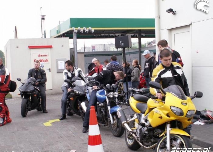 kolejka na hamownie motocyklowa niedziela BP 2010