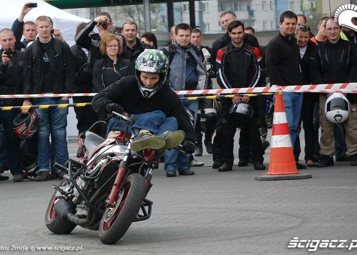 mlody125 drift na kielni BP - motocyklowa niedziela 2010