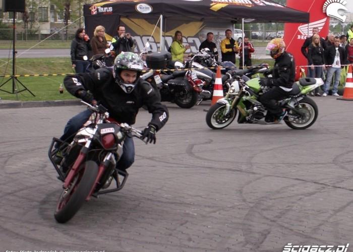 mlody i pasio motocyklowa niedziela BP 2010