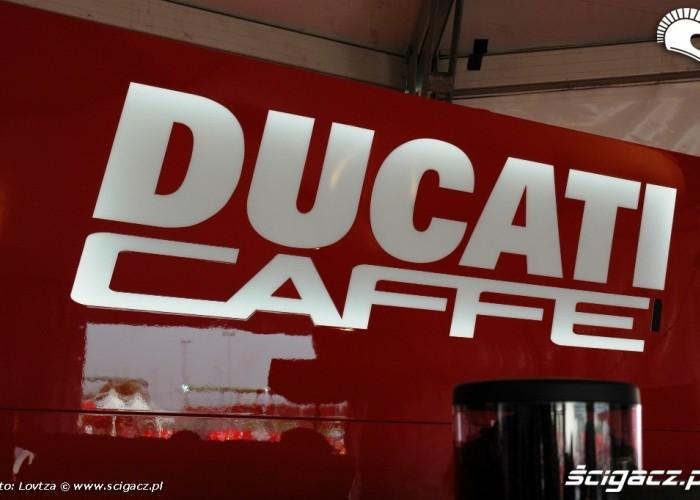 Ducati WDW 2010 Ducati cafe
