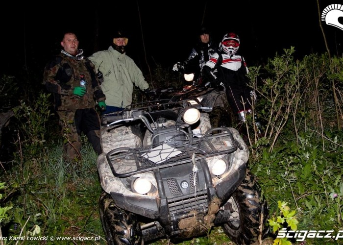 Noc na quadzie Yamaha Offroad Experience Ring Road teren