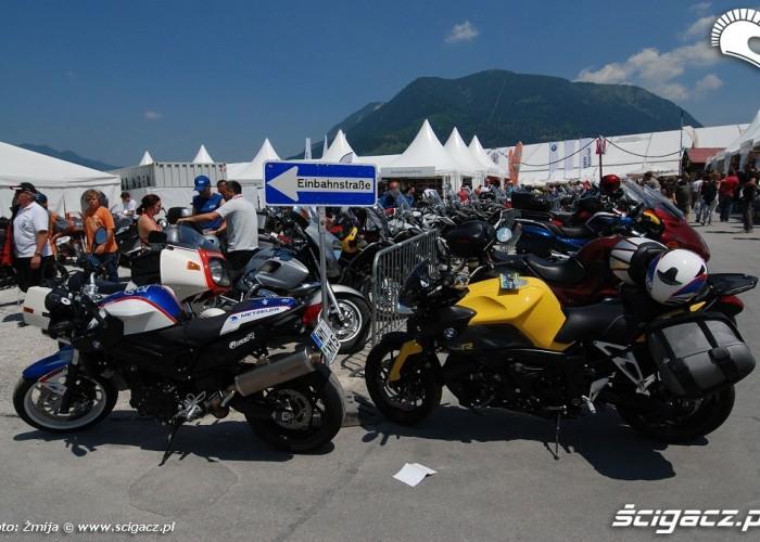Motocykle BMW na zlocie