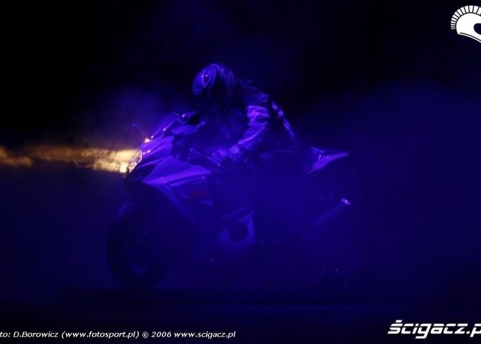 intermot 2007 laska Suzuki bonus 03