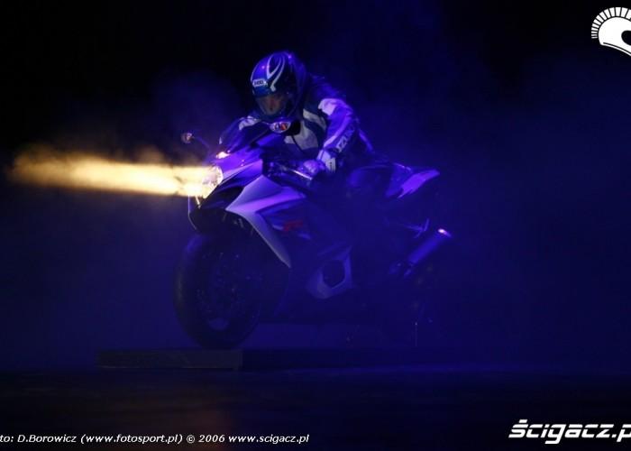 intermot 2007 laska Suzuki bonus 05