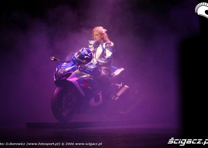 intermot 2007 laska Suzuki bonus 08