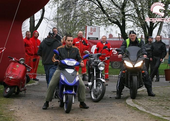jazda skuterem otwarcie sezonu czestochowa 2008