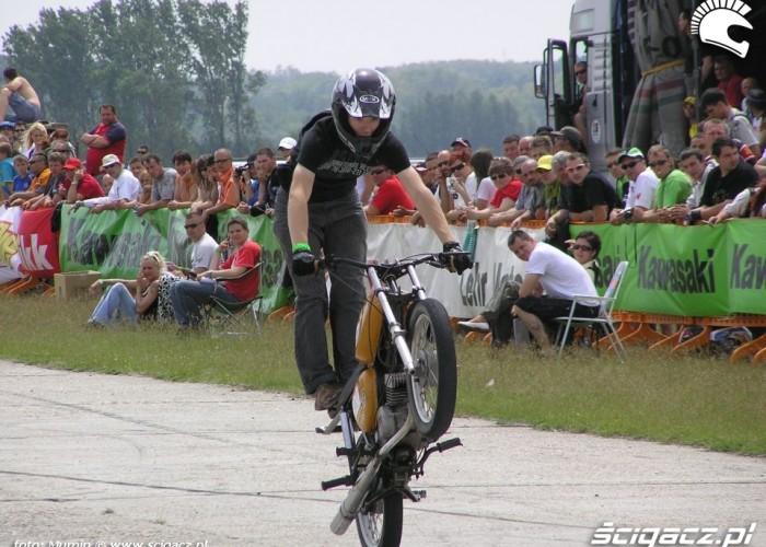 Simson wheelie