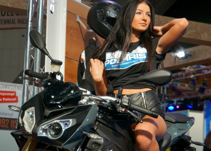 hostessa bmw wroclaw motorcycle show 2017