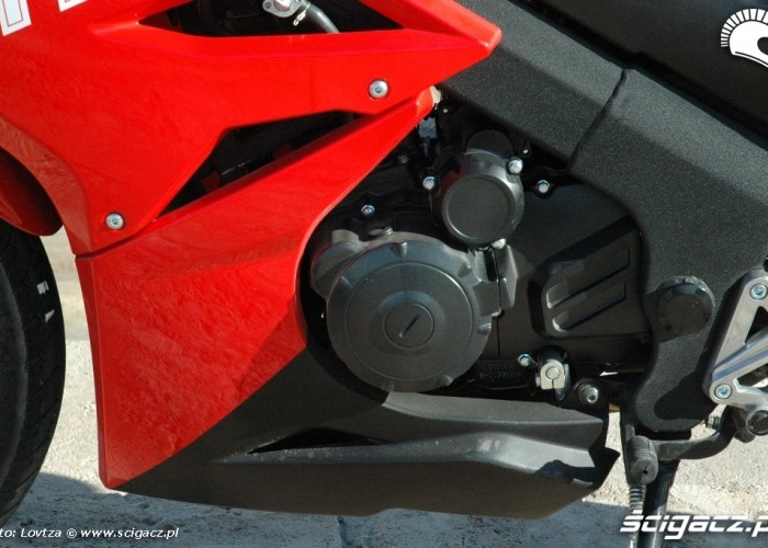 Zipp Pro 125 2010 silnik lewa strona