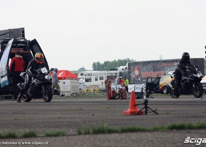 Suzuki na starcie Wyscigi Bemowo