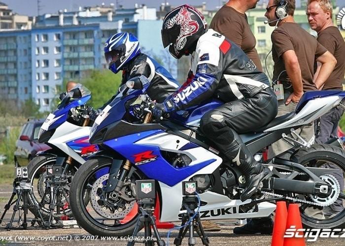 GSX-R1000 start