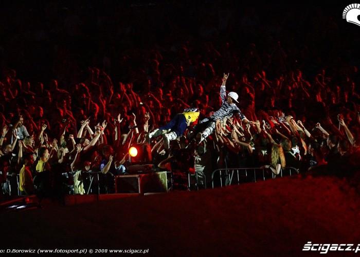 mat rebeaud travis pastrana i publicznosc redbull x-fighters warszawa