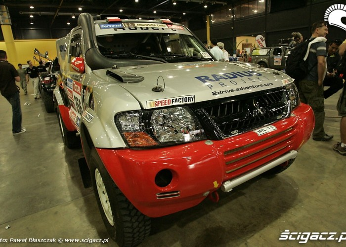 Mitsubishi Pajero Szustkowski Kazberuk R-sixteam Dakar 2010 odbior techniczny