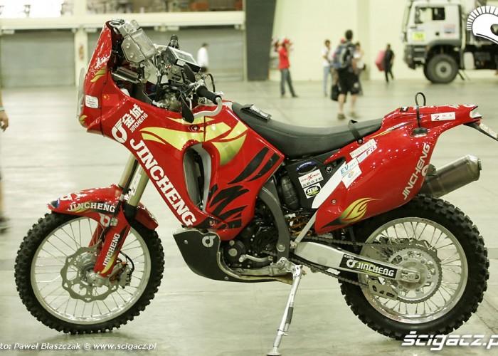 Motocykl zespolu Jincheng Rajd Dakar odbior techniczny