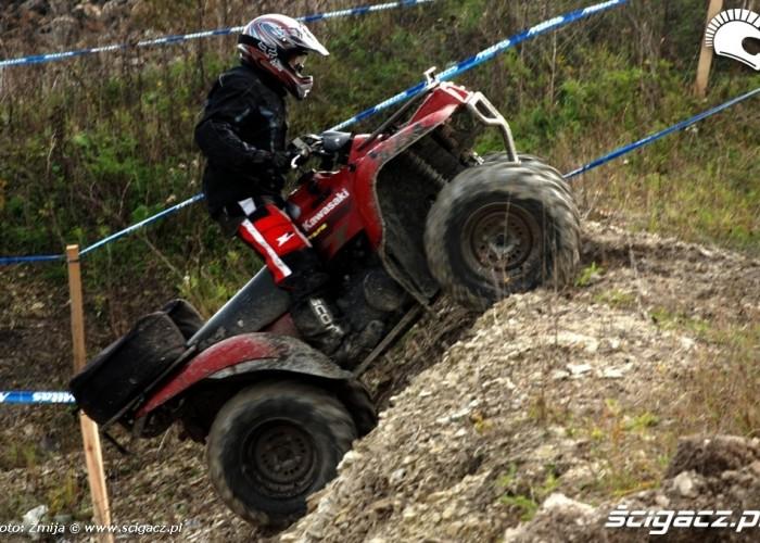 Mistrzostwa Polski Enduro 2008 w opolu podjazd quadem pod gorke