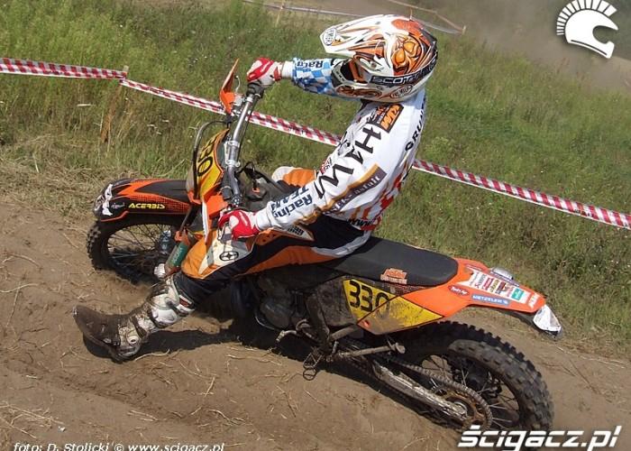 Andrzej Gruntowski cross test