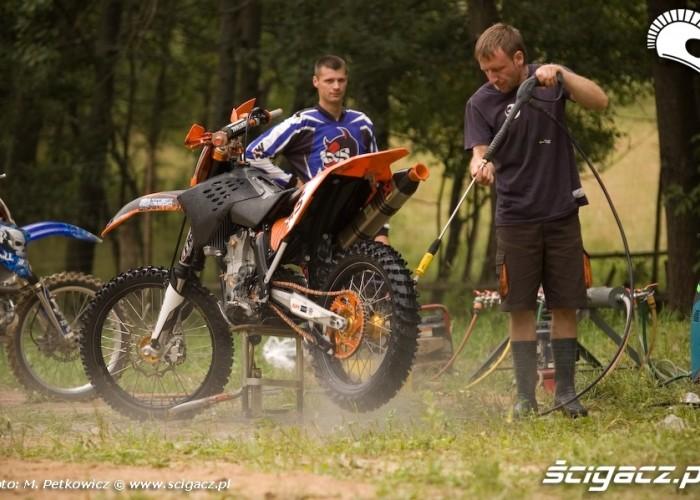 mycie motocykla ktm lidzbark warminski