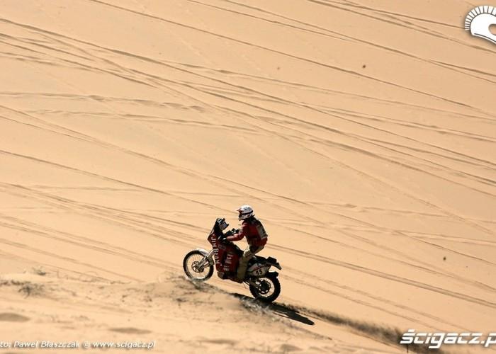Rajd Dakar 2009 10-etap Pustynia Atacama skok