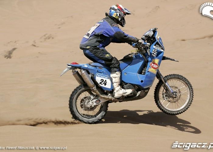 Rajd Dakar 2010 opuszcza pustynie jazda po piasku