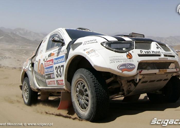 Verhoen Van Loon Rajd Dakar 2010 opuszcza pustynie